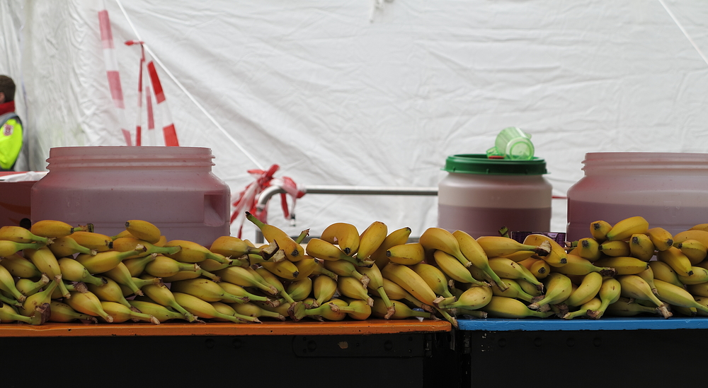 Mit Bananen ...