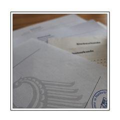 Mit Brief und Siegel