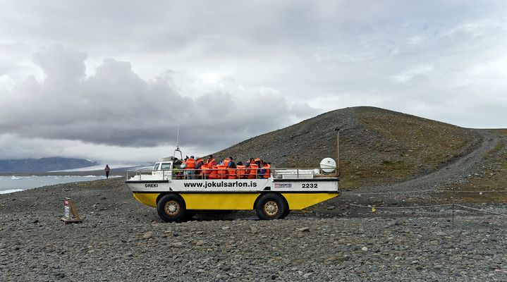 Mit dem Amphibienfahrzeug auf den Jökulsárlon
