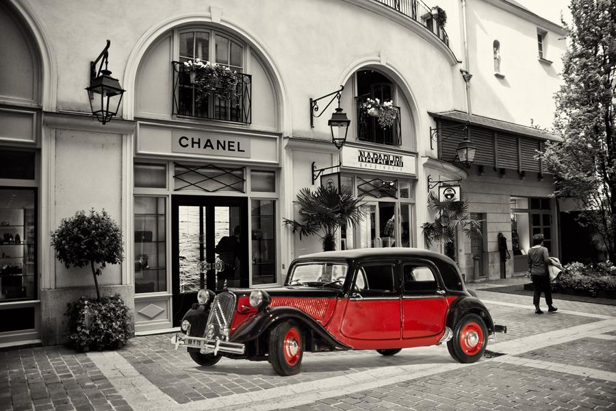Mit dem Citroen in Paris