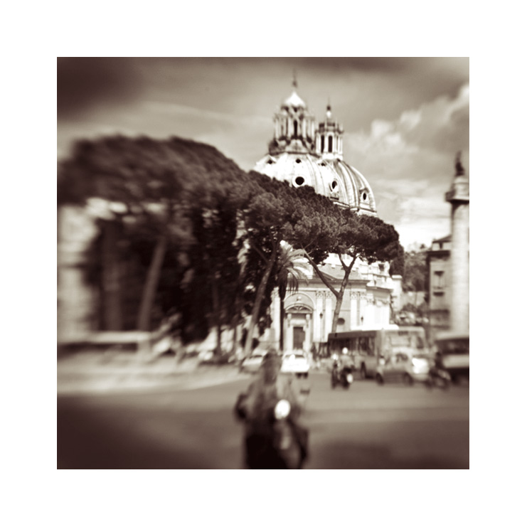 Mit dem Lensbaby auf der Piazza Venezia in Rom