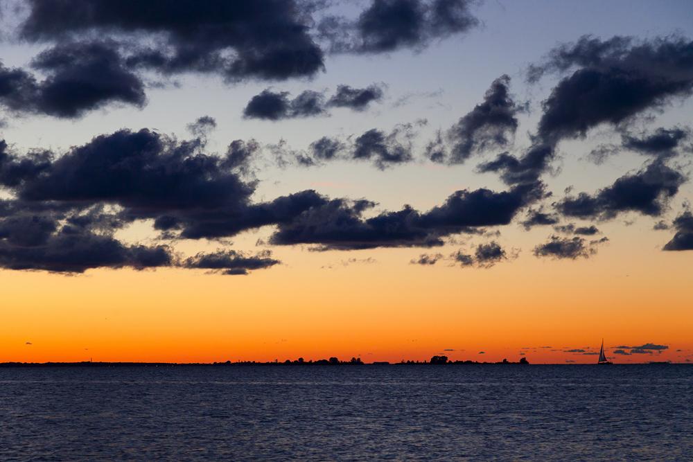 mit dem letzten Tageslicht zum Hafen