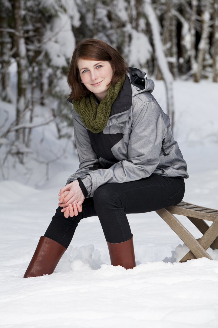 Mit dem Stuhl im Schnee