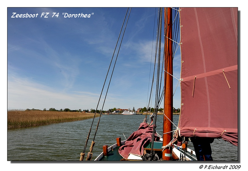"Mit dem Zeesboot FZ 74 ""Dorothea"" auf dem Zingster Bodden unterwegs"