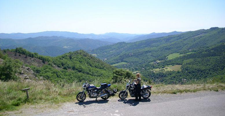 Mit den Mopeds in den französischen Cévennes