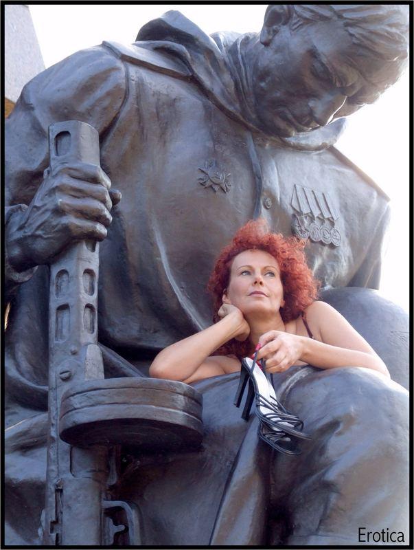 ....mit den Waffen einer Frau!