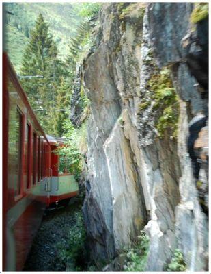 Mit der Rhätischen Bahn - Glacier Express von Chur nach Andermatt