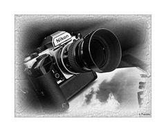 Mit einer Nikon FA kann man auch in Stonehenge fotografieren