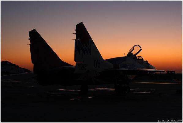 Mit einer Russin im Sonnenuntergang