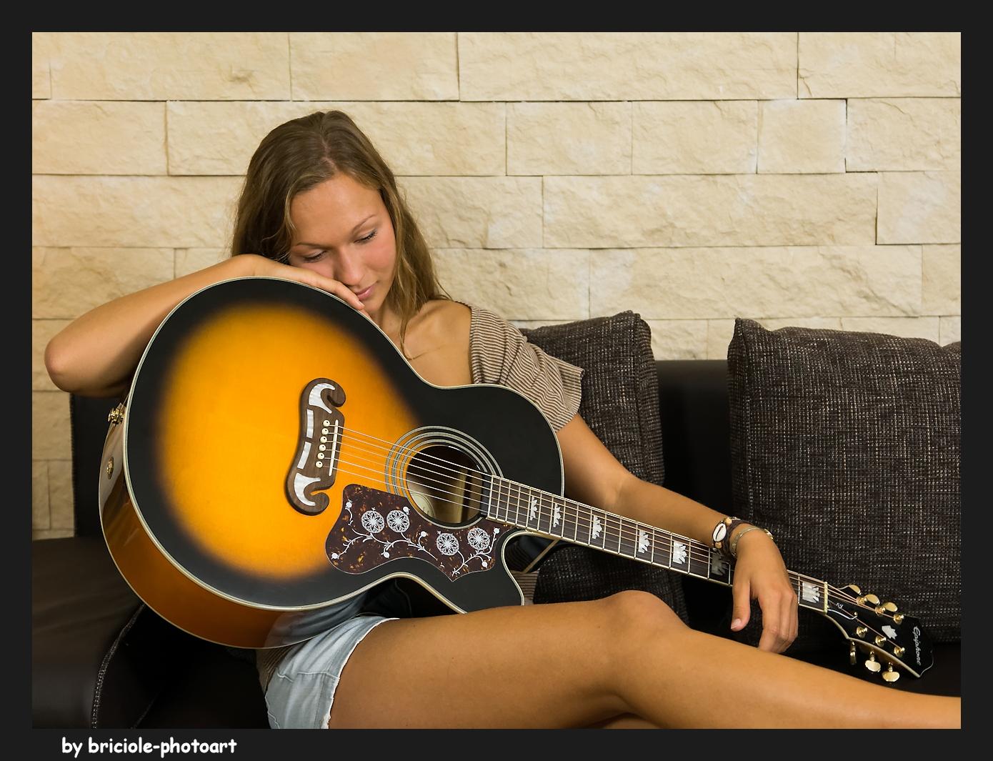 Mit Gitarre III