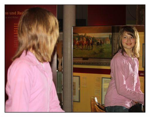 Mit Luisa im Pferdemuseum
