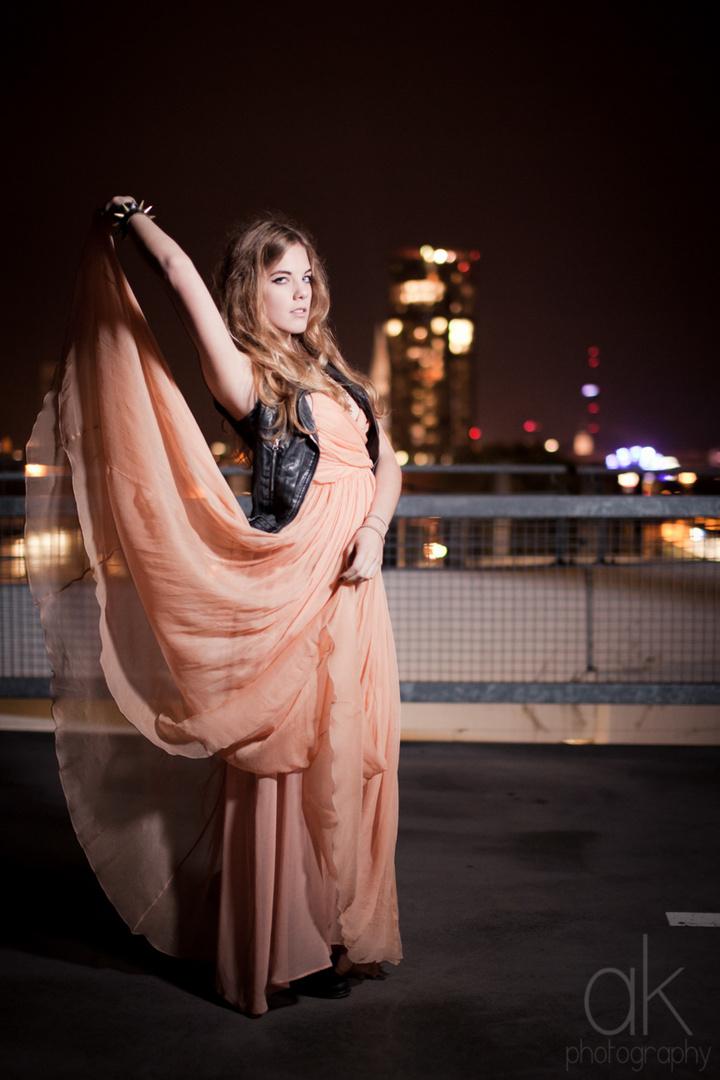 Mit Sophia nachts in Köln