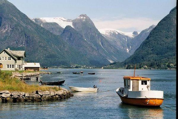 Mittag im Fjord
