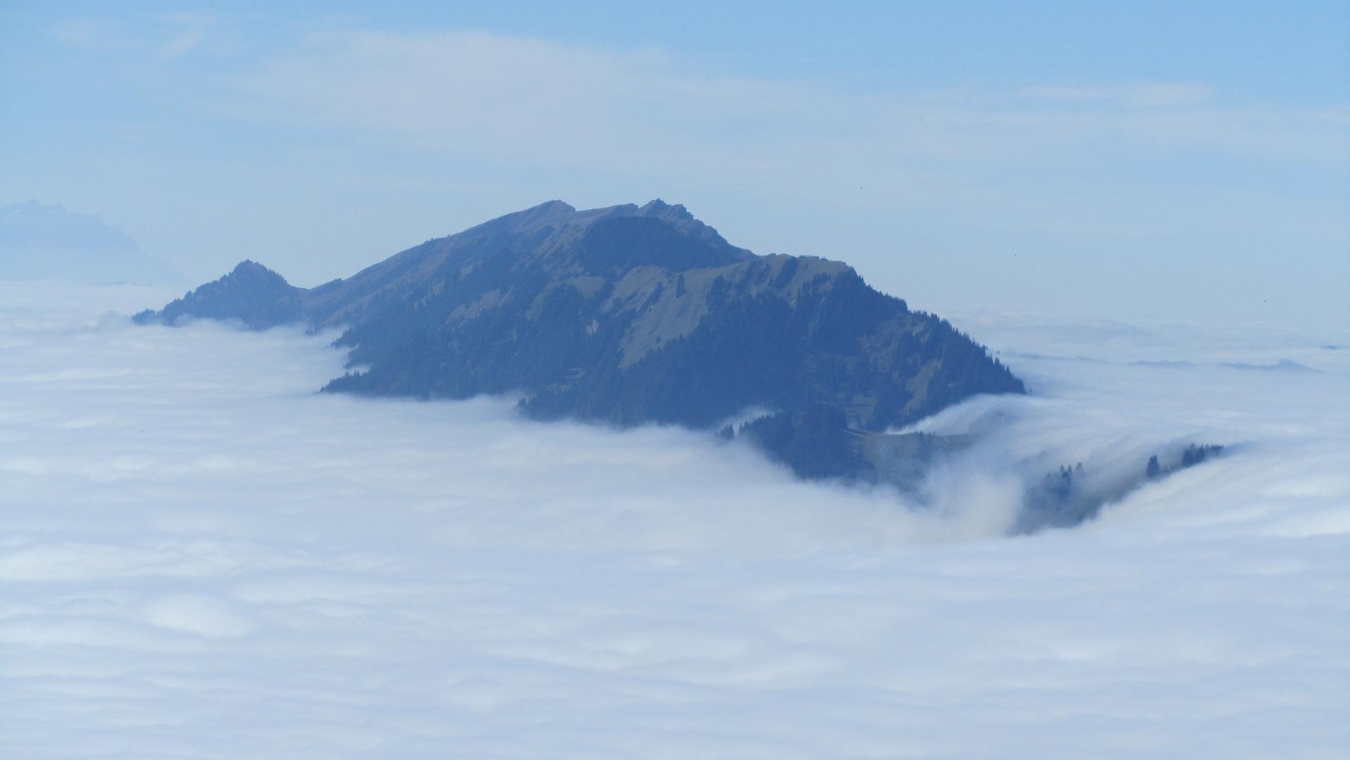 Mittagberg im Allgäu im Nebel