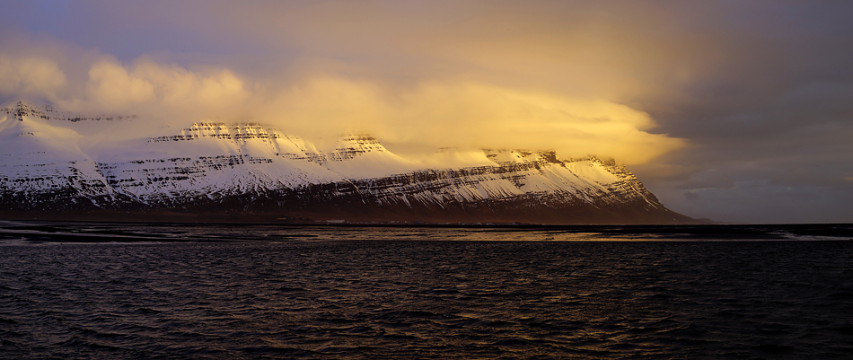 Mittagslicht in Island….