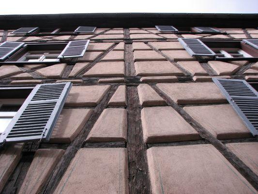 Mittelalterliche Hausfassade in Fachwerkbauweise