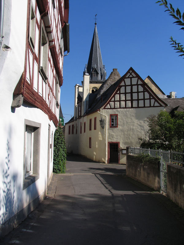 Mittelalterliche Kirche in Pommern/Mosel