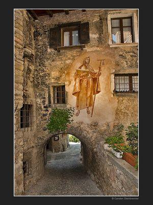 Mittelalterliches Dorf am Gardasee III