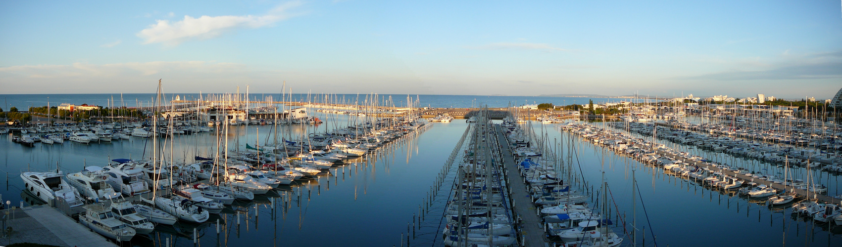 Mittelmeerhafen