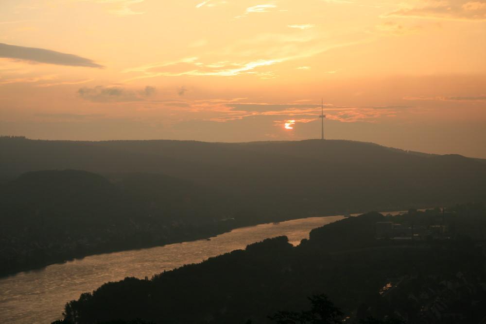 Mittelrheintal im Sonnenuntergang