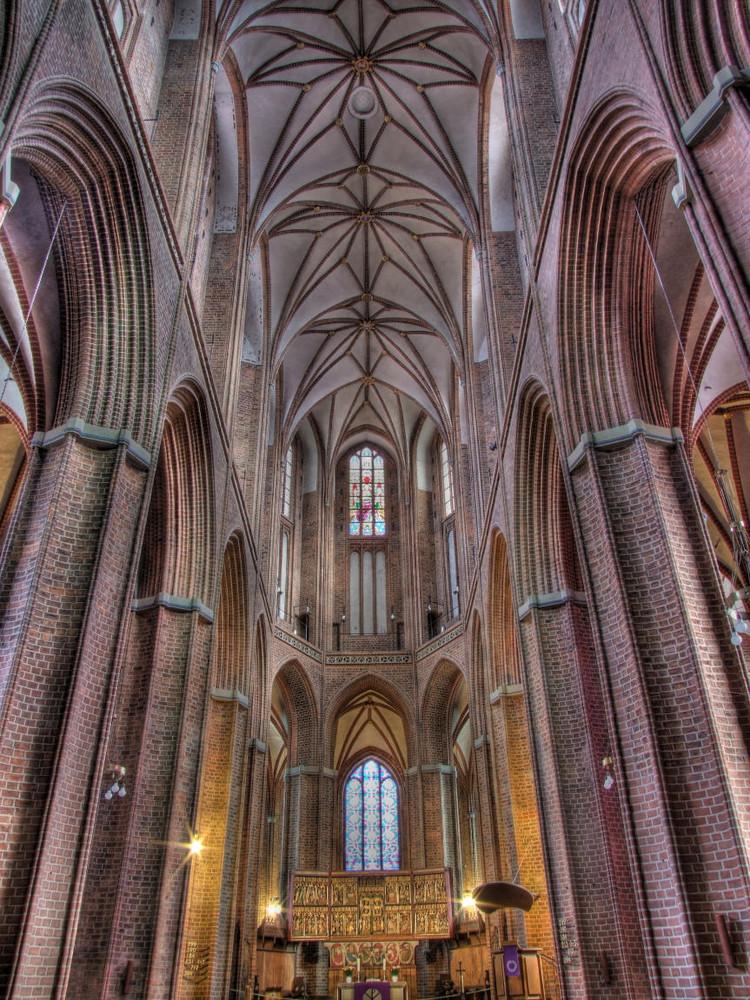 Mittelschiff der Nicolaikirche in Lüneburg