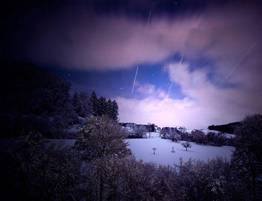 Mitternachtsstimmung mit Sternschnuppenregen