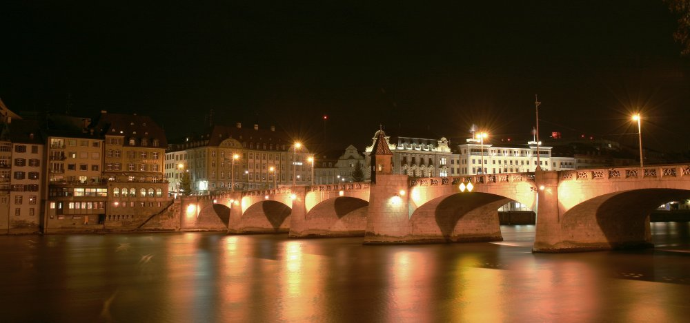 Mittlere Brücke by Night II