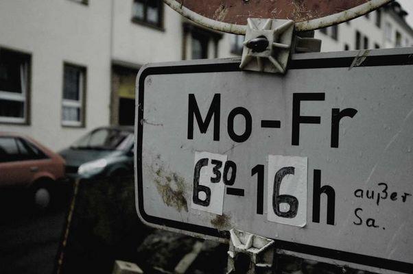 Mo - Fr
