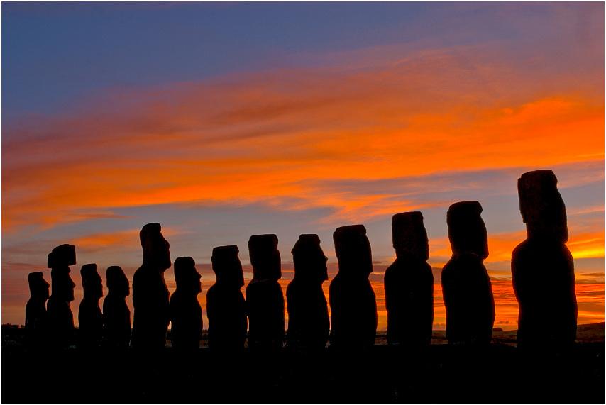 Moais watching sunset #3, Ahu Tongariki, Rapa Nui
