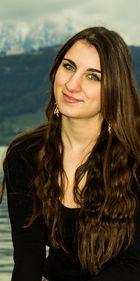 Model: Adriana 1