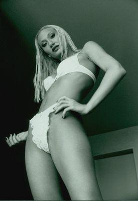 Model Anita - Hot Shoot! Calendar 2002-2004