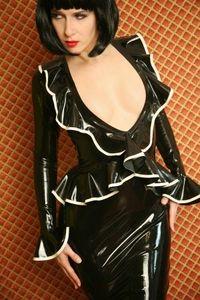 Model Carrie