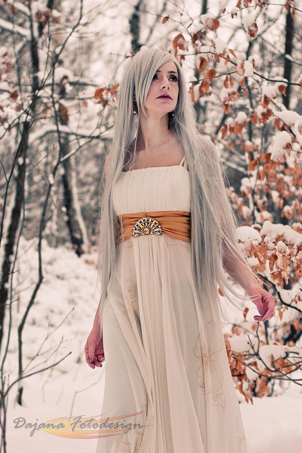 Model Hazel Hattie