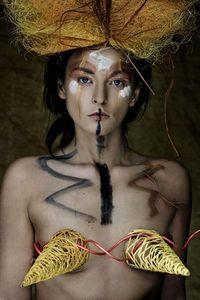 Model InSane.IS