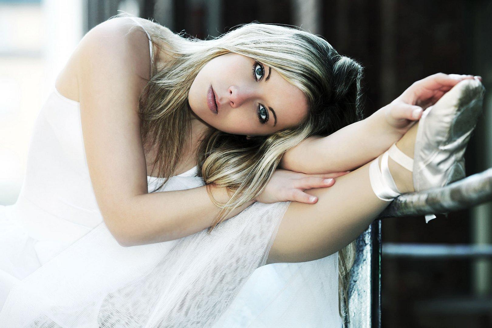 Model: Jana