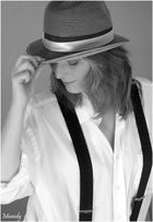 ** Model Janina 02**
