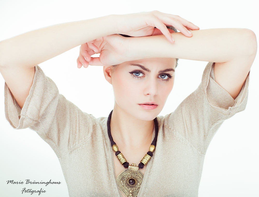 Model Kim, Portrait