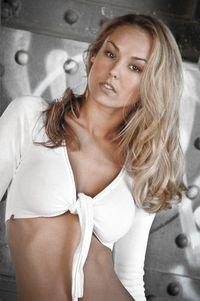 Model Natasha