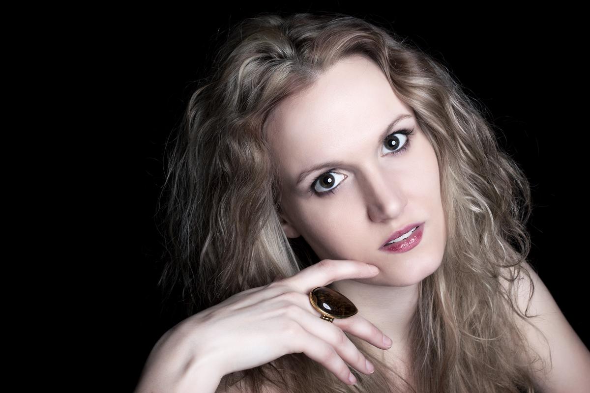 Model Saskia