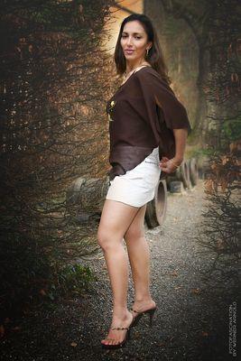 Model: Veronica