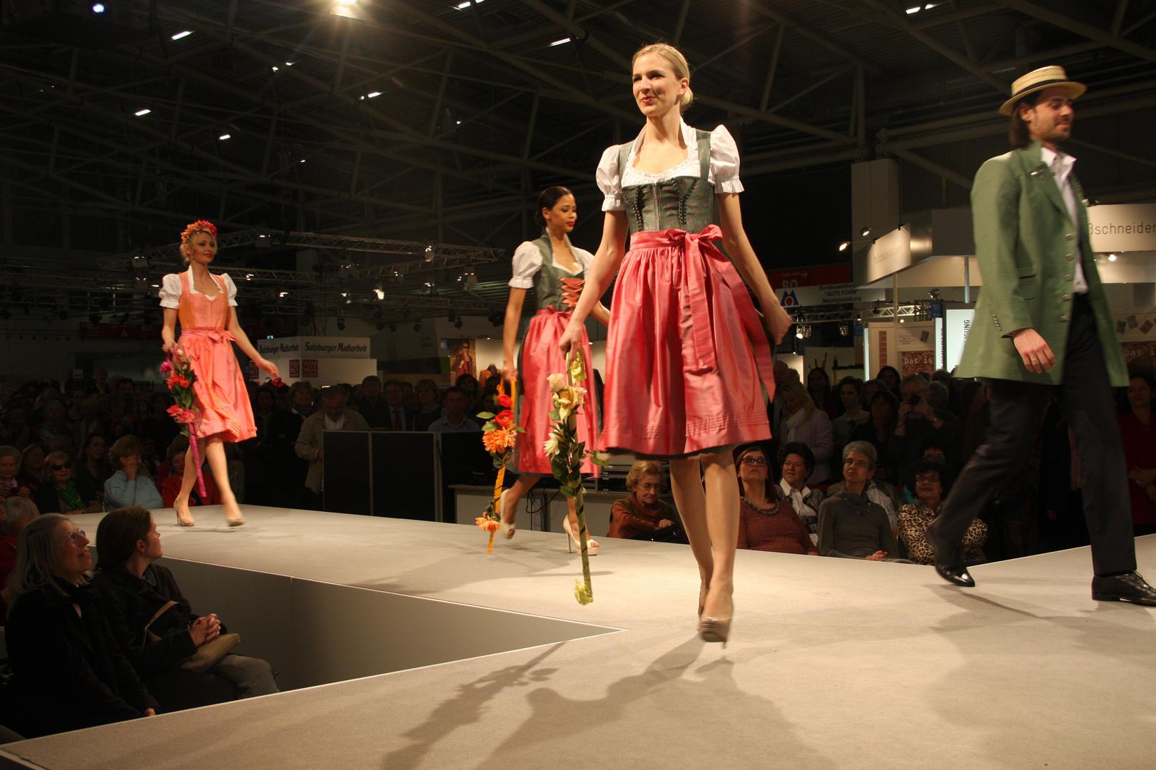 Modenschau München Internationale Handwerksmesse 2014
