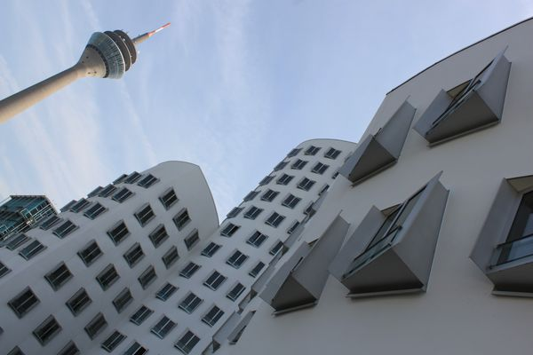 Moderne Architektur im Medienhafen