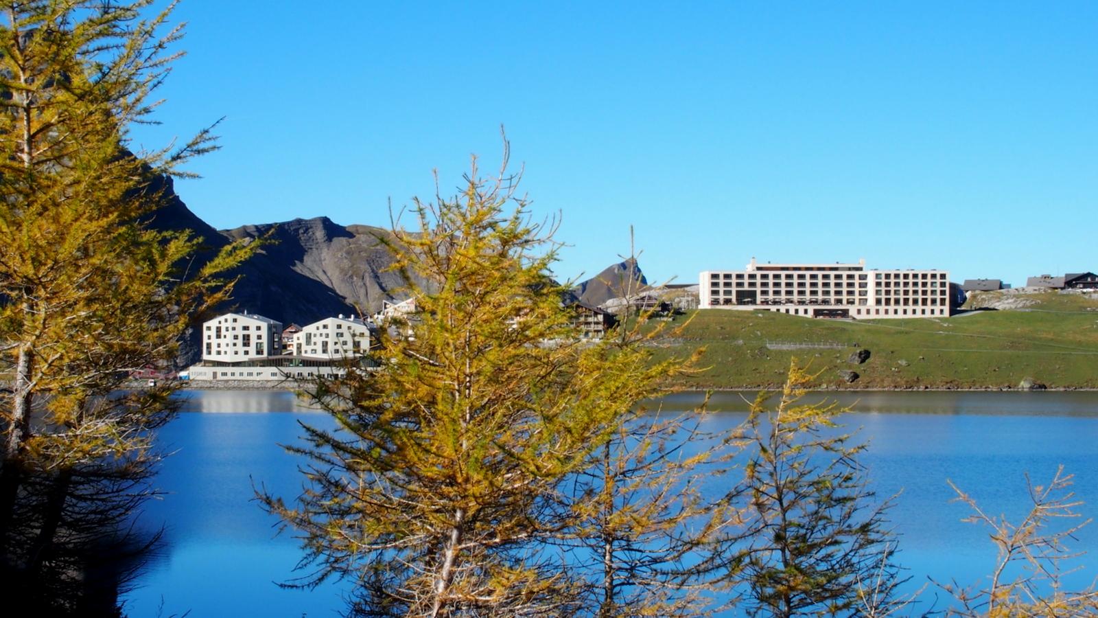 Moderne Architektur in den Bergen