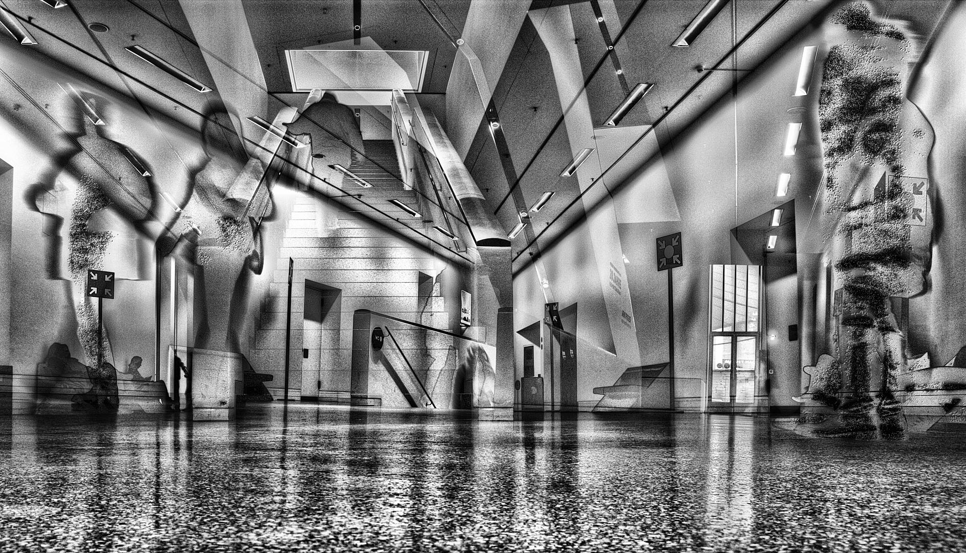 Moderne Menschen in moderner Architektur gönnen sich moderne Kunst (2)