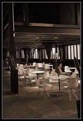 Modernes Cafe in alter Kohlenwäsche