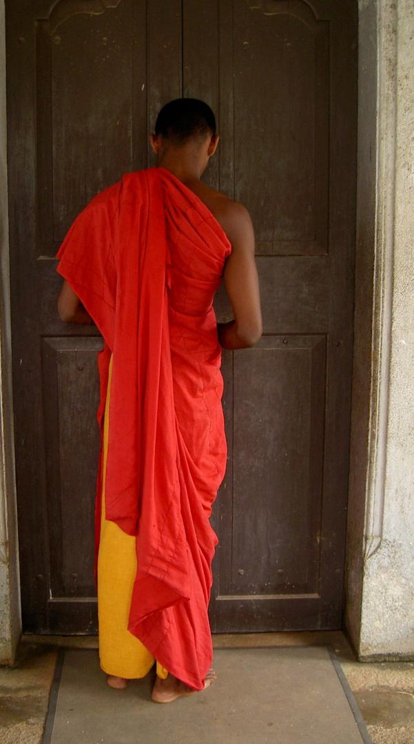 Mönch in Sri Lanka