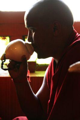 Mönch mit Muschelhorn