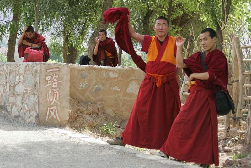 Mönche in der Provinz Qinghai