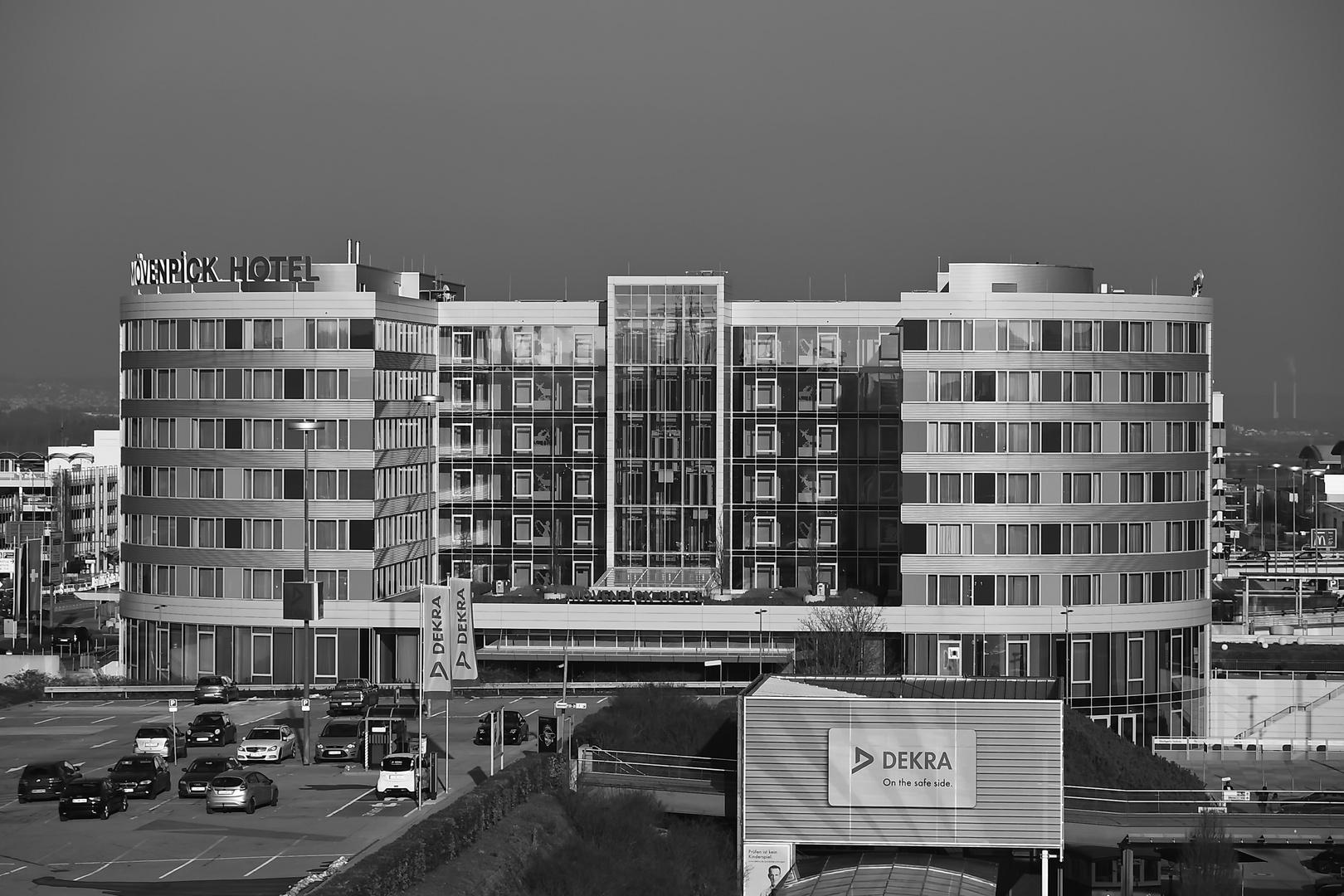 Mövenpick Hotel Airport Stuttgart