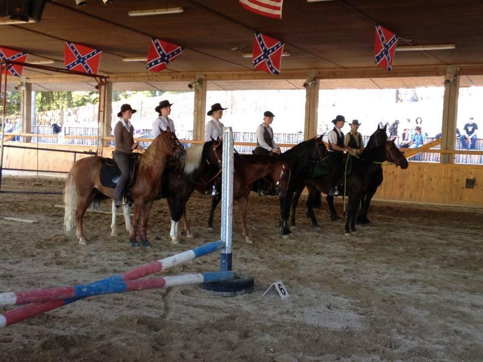 Mohegahn und Ich auf dem Working Equitation Tunier in Pullman City ! 4.platz belegt :)
